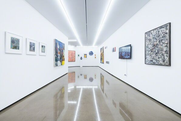 Contemporary Visions 8, installation view