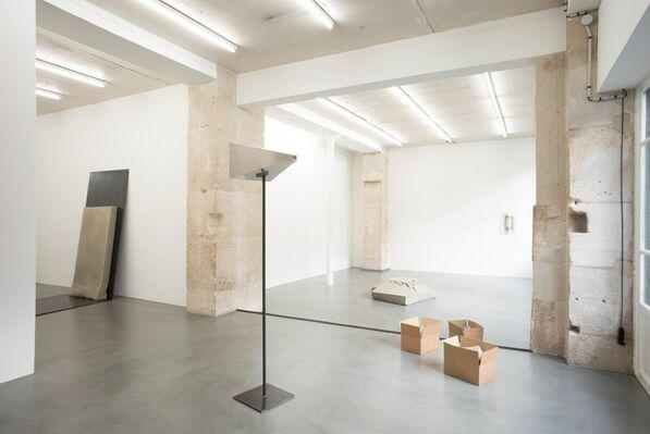 Christoph Weber, 'Carton/Pierre', installation view