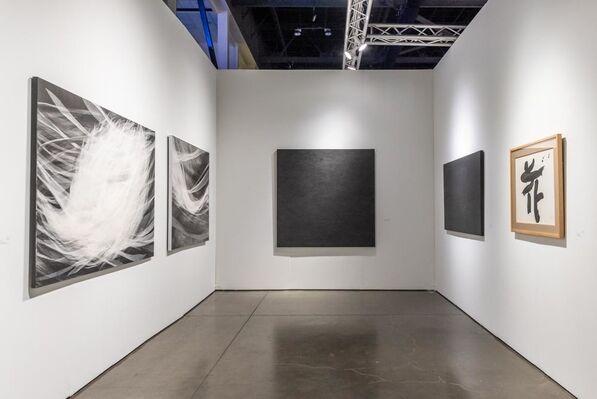 SEIZAN Gallery at Seattle Art Fair 2019, installation view