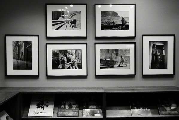 Leonard Freed: A Concerned Worldview, installation view
