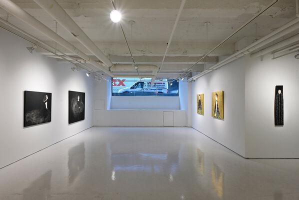 Eri Iwasaki: Tiny Night, Tiny Light, installation view