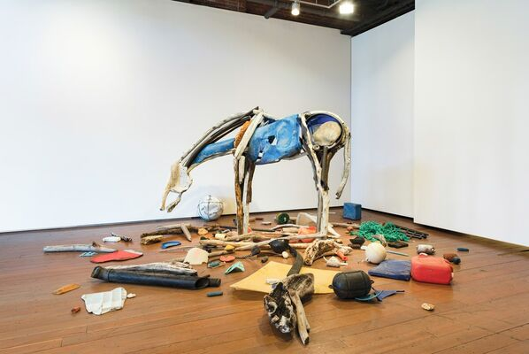 Deborah Butterfield - Sculpture, installation view