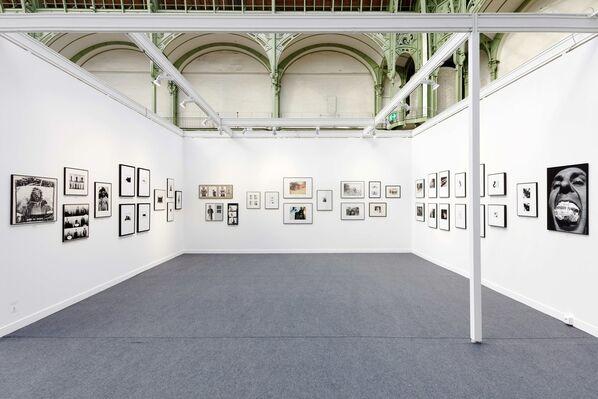 Art+Text Budapest at Paris Photo 2018, installation view