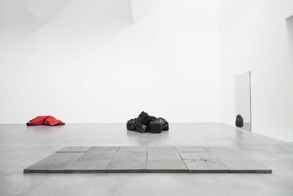Who What When Where How and Why, installation view