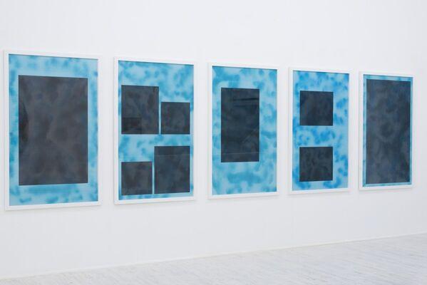 Grande Cosmogonia Portatile, installation view
