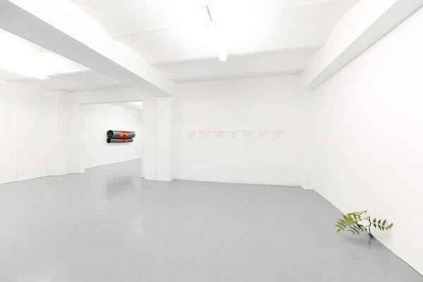 ABOUT SCULPTURE #1, installation view