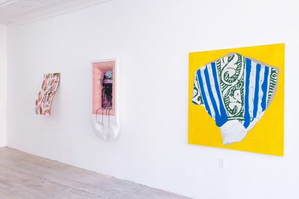 Beholder's Share, installation view