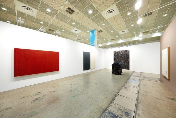 Johyun Gallery at KIAF 2016, installation view
