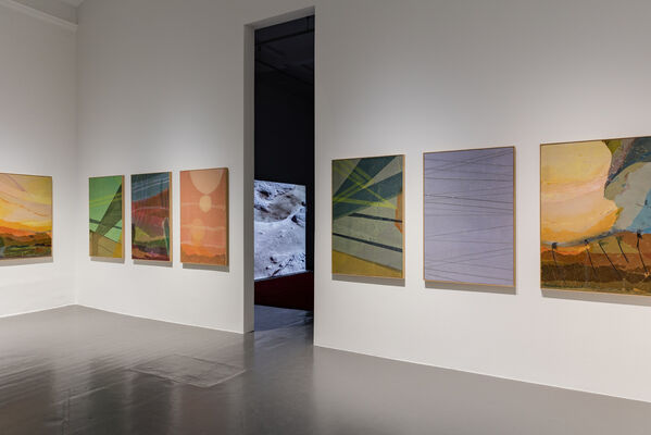 Petra Lindholm – Fever, installation view