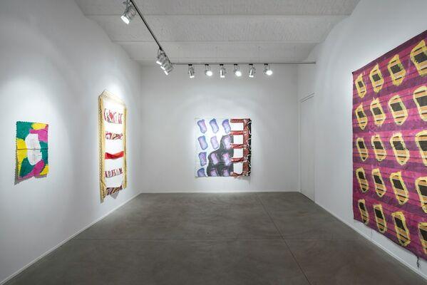 Claude Viallat: Les échelles de Nîmes, installation view