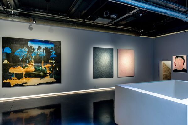 Looking For U, installation view