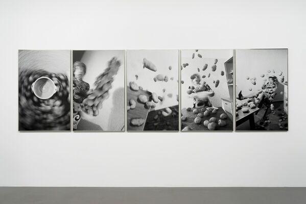 Bernhard & Anna Blume - Spiritistische Sequenzen, installation view