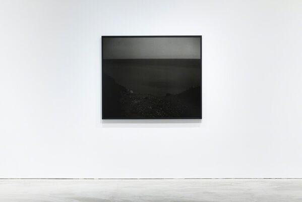 Status, Awoiska van der Molen, installation view