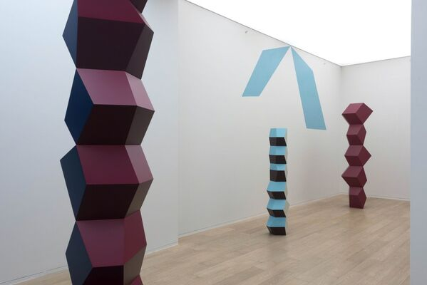 Angela Bulloch: One way conversation..., installation view