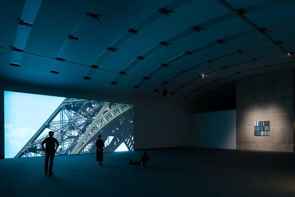 Sarah Morris. Falls Never Breaks, installation view