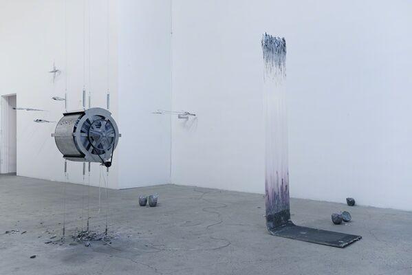 Delirium Tremens, installation view
