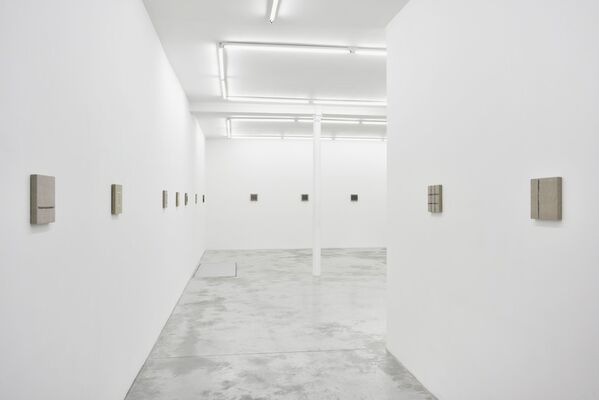 Analia Saban: The Warp and Woof of Painting, installation view