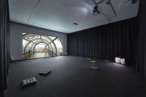 Elina Brotherus - Règle du jeu, installation view
