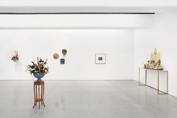 Domestic Lives, Nomadic Belongings, installation view