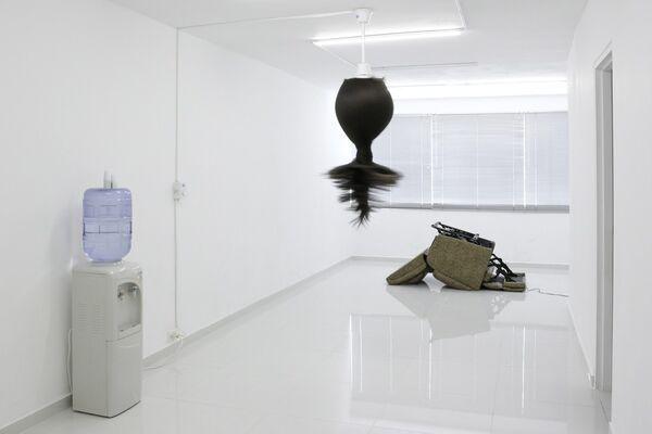 Gabriel Mejía Abad | El sueño de la razón produce monstruos, installation view