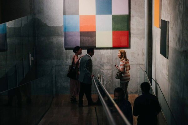 Salón Francés, installation view