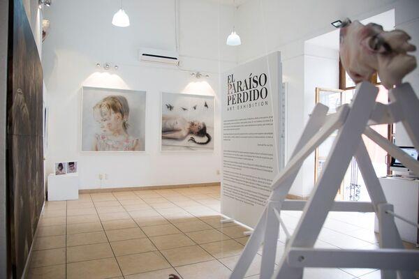 El Paraiso Perdido, installation view