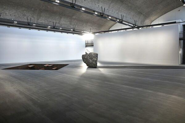 Michael Heizer, installation view