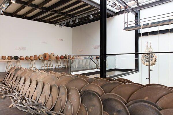 Barro y Fuego, installation view