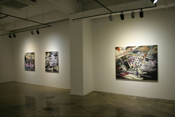 Reflective City, installation view