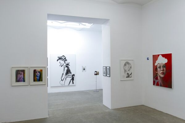 SPECIAL ART SHOP Portraits, installation view
