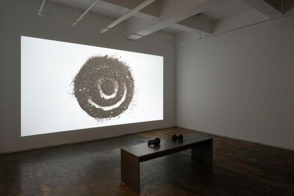 Sol, ella, y yo (Sol, her, and I), installation view