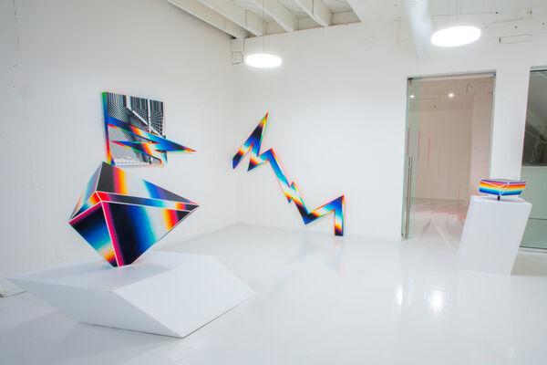 Felipe Pantone: W3-DIMENSIONAL, installation view