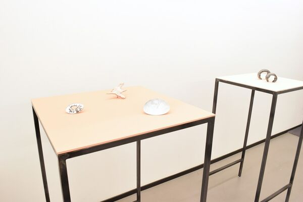 Gijs Bakker | Black to White, installation view