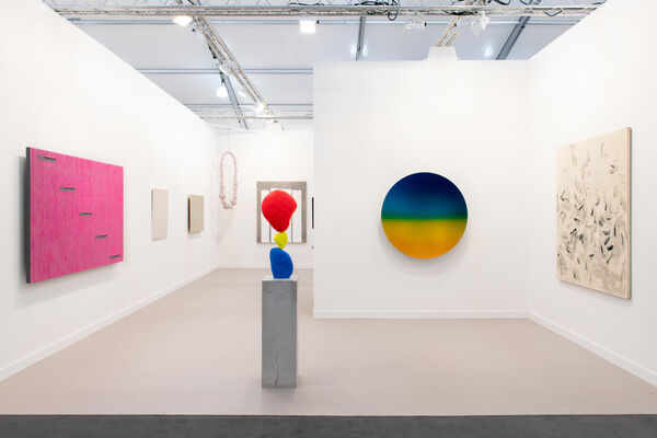 Kukje Gallery at Frieze Los Angeles 2020, installation view