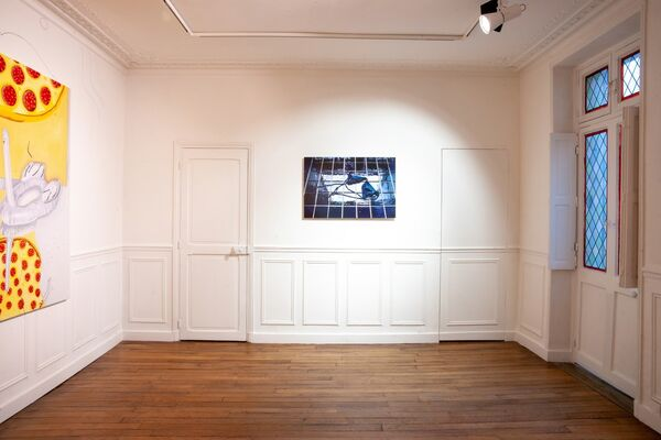 Life Saver - a duo show with Isabella Hin & Madeleine Roger-Lacan, installation view