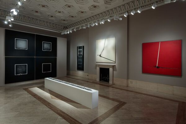 EMILIO SCANAVINO The Tactile Sign of the Void, installation view