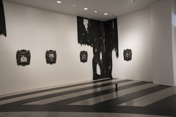 Territorial crossing, installation view