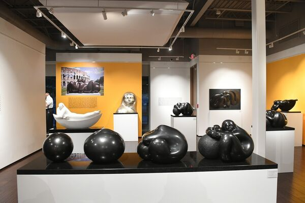 Cosmic Energy in the sculpture of Jimenez Deredia, installation view