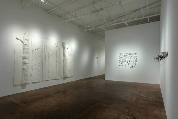 Harry Geffert: Look Up There, installation view
