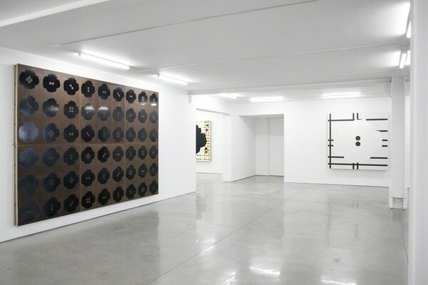 Donald Sultan: New Paintings, installation view