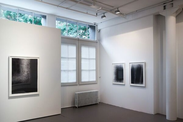 IL LEE: The 90s, installation view