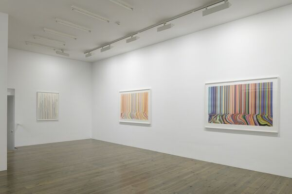 Ian Davenport, New Works on Paper, installation view