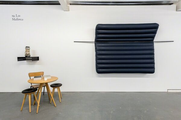 Louis 21 at SUNDAY 2018, installation view