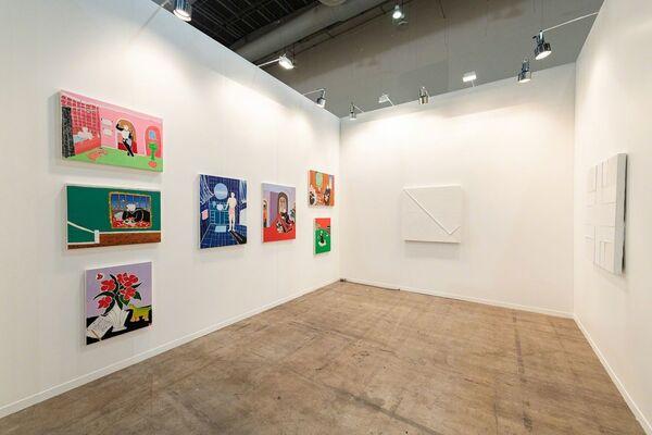 Steve Turner at ZⓈONAMACO 2019, installation view