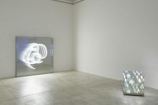 Brigitte Kowanz - Re_Union, installation view