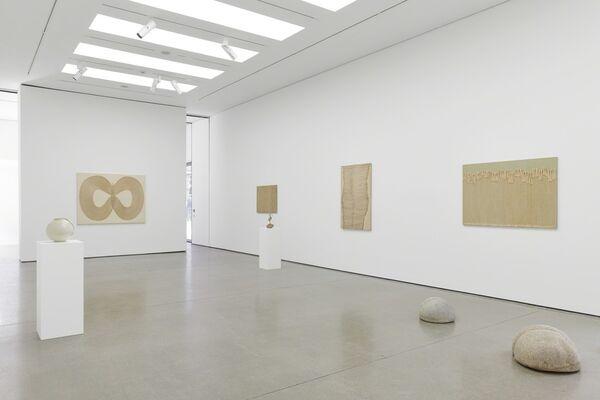 Seung-taek Lee, installation view