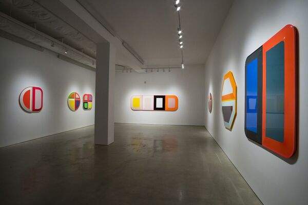 Beverly Fishman: PAIN MANAGEMENT, installation view