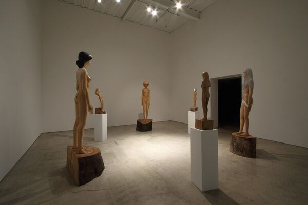 """TANADA Koji """"Unclothed and Clothed"""", installation view"""