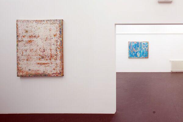 AUTARK. Aron Demetz - Robert Pan, installation view