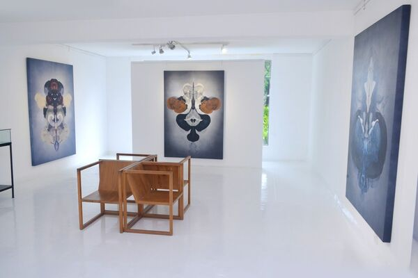 ISLAND MENTALITY, installation view